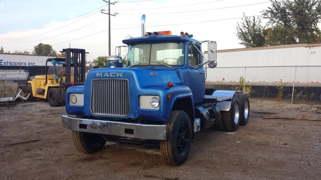 mack trucks for sale commercial truck trader. Black Bedroom Furniture Sets. Home Design Ideas