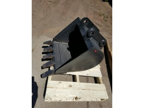 Bobcat Buckets 24 in  Trenching Bucket (Pin-On)